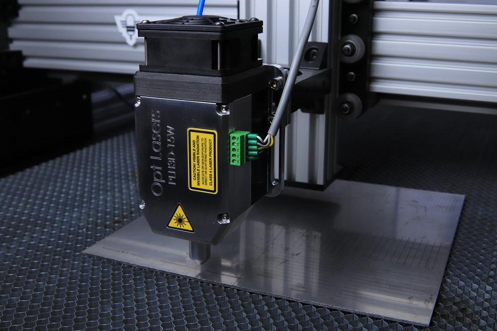 an electronic CNC cutting machine